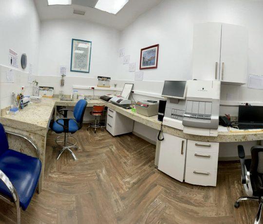 Laboratoire d'hormonologie-redimentionée