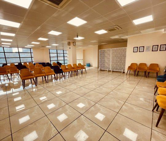 Salle d'attente principale